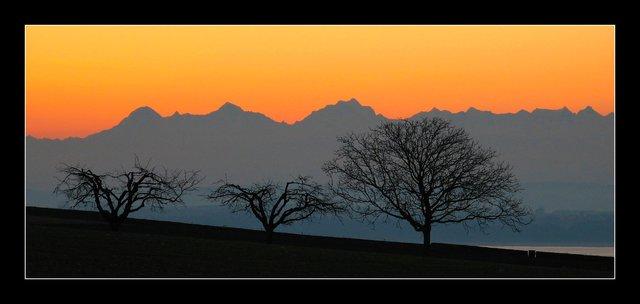 lever de soleil sur les alpes, Eiger Mönch jungfrau