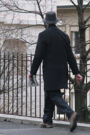 homme noir au chapeau  ampelman.jpg