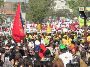 marche d ouverture du forum social mondial de Dakar 2011.jpg