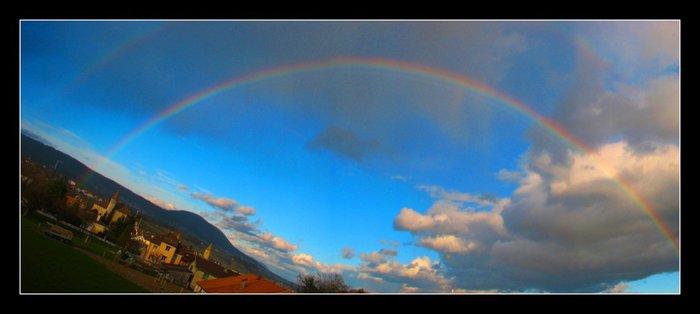 pano arc-en-ciel double à Boudry.jpg