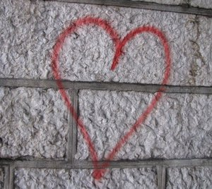 coeur en graffiti.jpg