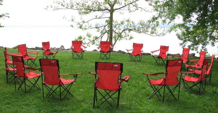 cercle de chaise rouge.jpg
