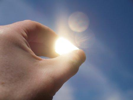 lingot or qui brille au soleil.jpg