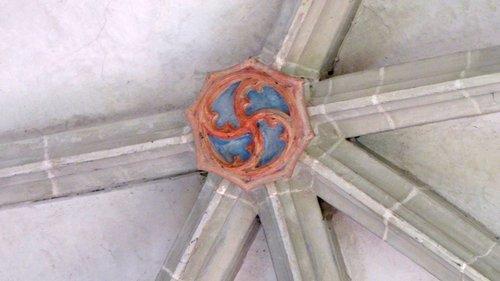 indice de vortex sur la croisée ogive temple des planches.JPG