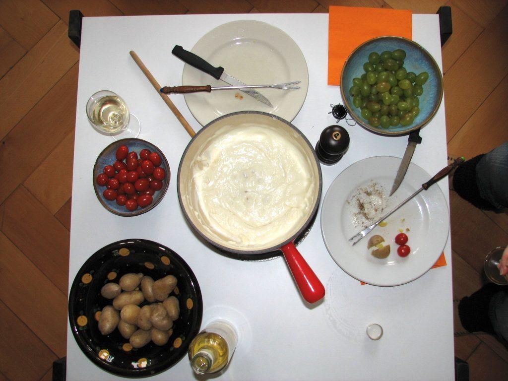 fondue chevre patate tomate raisin
