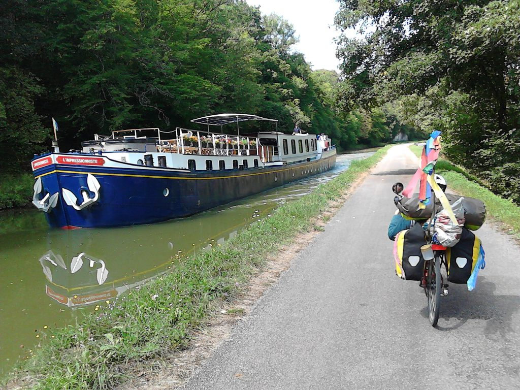martouf velo couche canal bourgogne IMG_20180828_130040