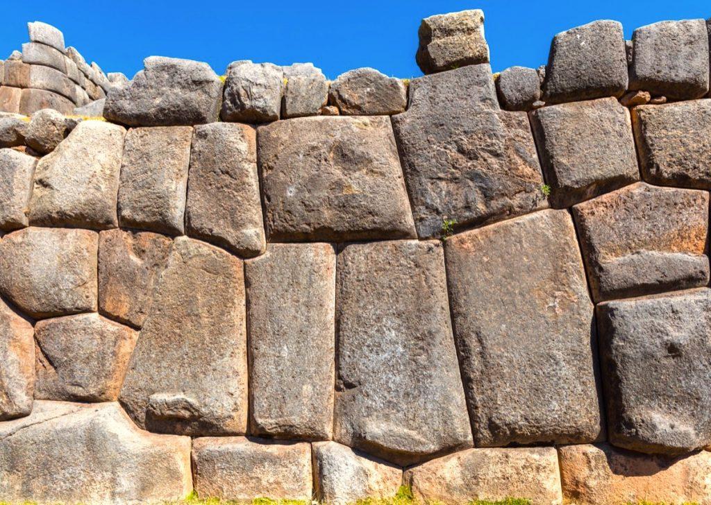 Sacsayhuamán mur cyclopen megalithe bosses