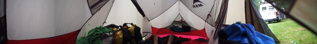 pano intérieur de la tente hubba hubba nx avis place spacieuse materiel camping abside pluie voyage velo couche