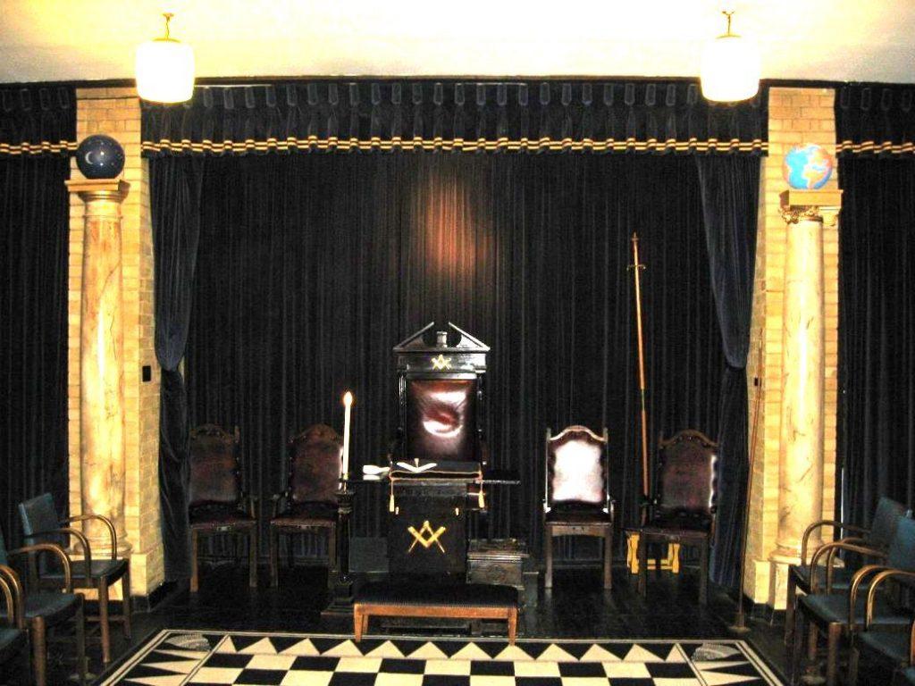 temple franc maçon Letchworth pilier jakin et boaz