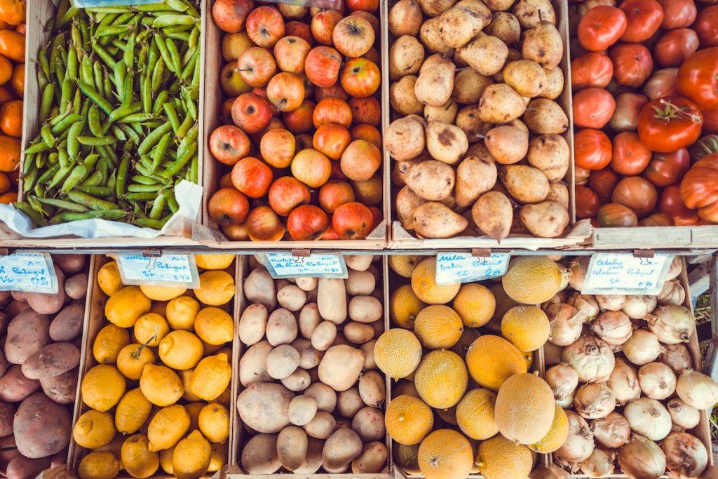epicerie-fruits-legumes-lukas-budimaier-93293-unsplash