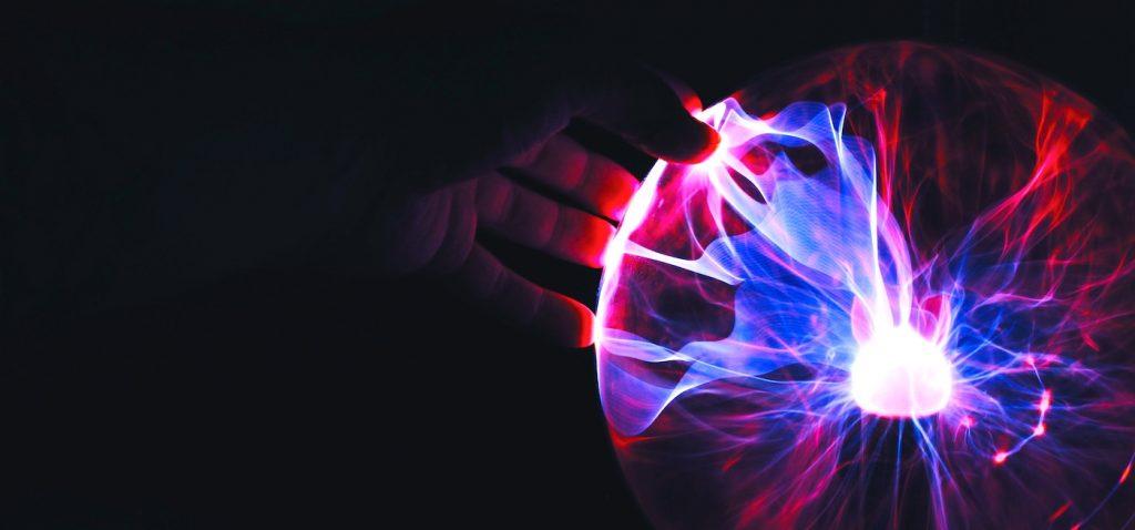magie-egregore-manipulation-ramon-salinero-271002-unsplash