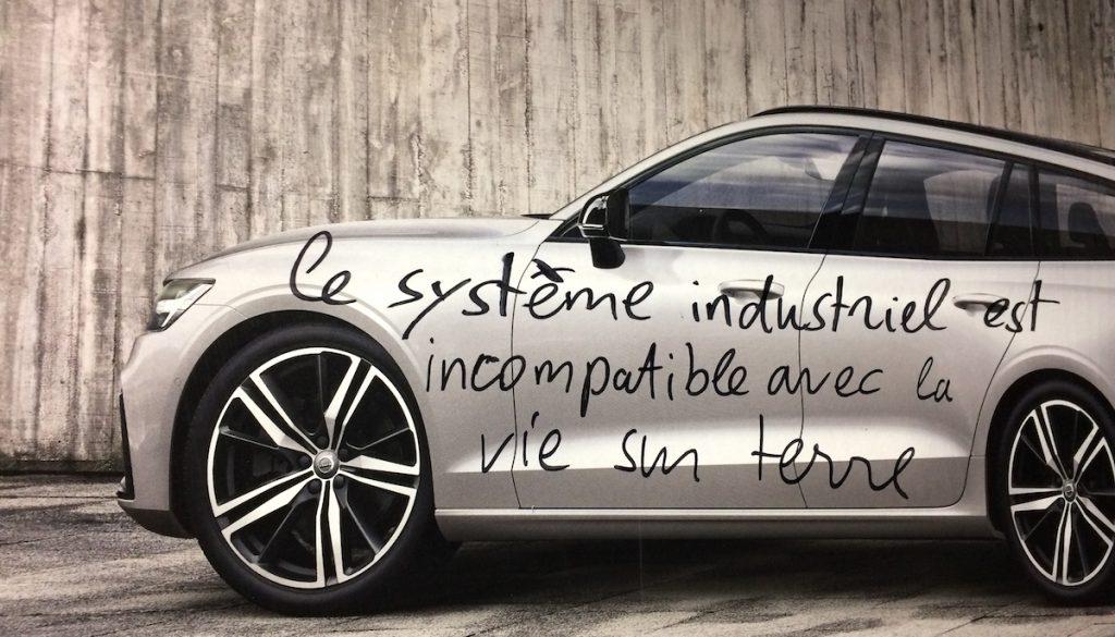affiche-décroissance-voiture-système-industriel-incompatible-vie-sur-terre