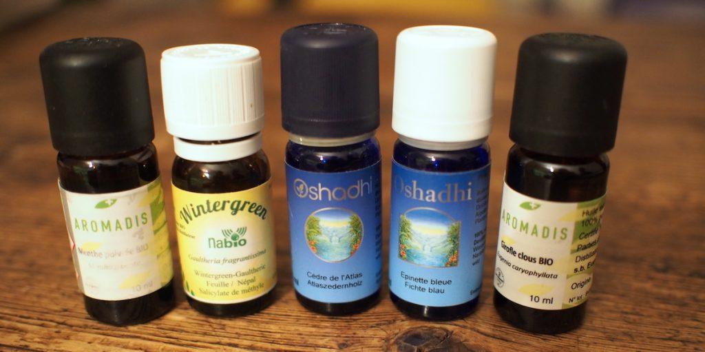 huile essentielles girofle gaulthérie menthe cèdre épinette