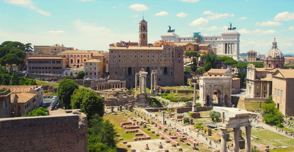 colline du capitole rome temple junon moneta